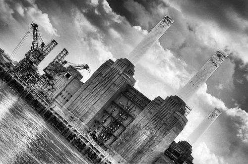 Battersea Power by Henry Stuart